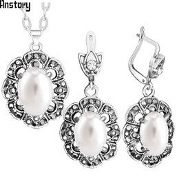 $enCountryForm.capitalKeyWord Canada - Fashion Sets Plum Flower Pendant Rhinestone Oval Pearl Necklace Earrings Jewelry Set Antique Silver Plated Fashion Jewelry TS397