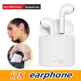 mini wireless bluetooth earphone headset black Canada - I7 I7S TWS Twins Bluetooth Earbuds Mini Wireless Earphones Headset Black with Mic Stereo V4.2 Headphone with High Quality white charger box