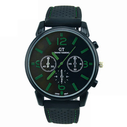 $enCountryForm.capitalKeyWord Australia - Mens Watches Top Brand Luxury Geneva Retro Design Leather Band Analog Hour Alloy Quartz Wrist Watch Clock Men Relogio