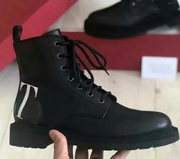 heavy duty springs NZ - Fashion Designer Women Boots Best Quality Star Trail Lace-up Ankle Boots With heavy-duty soles leisure lady boots By toy99 HL2403