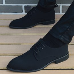 trendy shoes for men 2019 - Canvas Shoes for Men Popular Men's Lace-up Casual Pointed Trendy Leather Shoes Fashion Business Oxford Form Men che