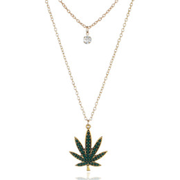 Chinese  Fashion Necklaces Multi-Layer Crystal Maple Leaf Pendant Necklace Gold-Plated Dark Green Sugar Maple Leaf Pendant Chain Jewelry for Woman manufacturers