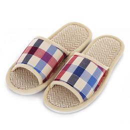 $enCountryForm.capitalKeyWord Australia - Hot Sale Tartan Design Lovers Sandals Summer Indoor Slippers Flat Cany Mat Linen Slippers Shoes Breathable Plaid Men Women Shoes