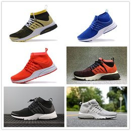Spring Fall Canvas Shoes Australia - 2019 spring and autumn new men and women high top canvas leisure board shoes breathable running shoes with breathable mesh shoes