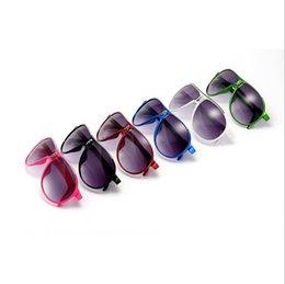 $enCountryForm.capitalKeyWord Australia - Girls Fashion Designer Sun Glasses Kids Sunglasses Boys Brand UV400 Glasses Child Outdoor Beach Eyewear Summer sunglasses Eyeglass