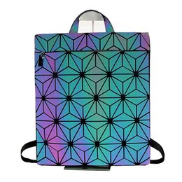 $enCountryForm.capitalKeyWord UK - New Brand Luminous Women Backpack Leather Student School bag Geometric Laser Diamonds Lattice Small Backpacks for Girls