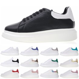New piNk ladies shoes online shopping - Fashion Luxury Men Women Designer Shoes New Colors Lady Girls Family Casual Falt Shoes Lace Up Hiking Outdoor Runner Sneakers