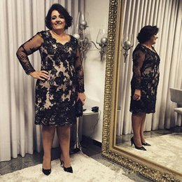 Wholesale black formal knee high dresses for sale – plus size Mother Of The Bridal Dresses Long Sleeve Black Keen Length Lace Applique Crystal Formal Evening Dresses Custom Made Plus Size Party Gowns
