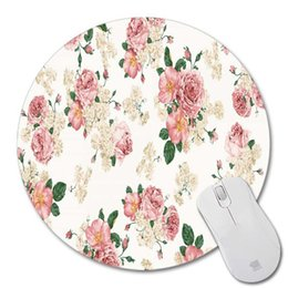 China Smooth Custom Design Supplies Soft Cloth Easy Clean Rubber Base Mouse Pad Round Shape Non-Slip Desktop Gaming Romantic Flowers supplier round shape suppliers