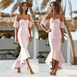 Short Lace Dress Long Sleeves Australia - Sexy Blush Pink Country Mermaid Bridesmaid Dresses Long Lace Off Shoulder Short Sleeves Maid Of Honor Dresess Maid Of Honor Gowns