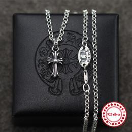 S925 colgantes de plata de ley colgantes de pareja estilo punk generosos simples cruces salvajes modelado de moda enviar el regalo del amante en venta