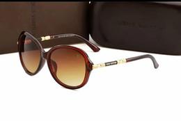 $enCountryForm.capitalKeyWord NZ - 2019 hot classic style sunglasses men and women modern beach sunglasses multi-color cheap sunglasses FDESP free delivery 3017