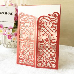 card castle NZ - Exquisite castle gate hollow out metal pearl paper envelop beach wedding invitation pocket card birthday party Dinner free shipping