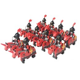 plastic castle building blocks UK - Dragoon Castle Cavalryman Heroic Knight Dragon Knights with Armor Rome Cavalry Warrior Building Block doll General Bodyguard