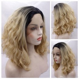ombre lace front wig bob 2019 - Middle Part Ombre Blonde Synthetic Hair Short Bob Wigs for American Women Loose Curly Hair Black Roots Best Glueless Sof
