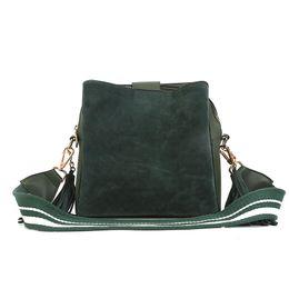 $enCountryForm.capitalKeyWord Australia - Free2019 Wide Woman Bag Tide Straps Matting Messenger Bucket Tassels Package Single Shoulder Portable
