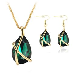 black bridal jewelry sets NZ - Gorgeous Black Red Green Bridal Jewelry 2 Pieces Sets Necklace Earrings Bridal Jewelry Bridal Accessories Wedding Jewelry T216086