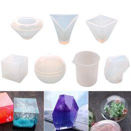 $enCountryForm.capitalKeyWord Australia - 7 Pcs Crystal Geometric Silicone Jewelry Molds Measuring Cup Round Square Pyramid Cone Epoxy DIY Cake Fondant Decor Mould
