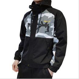 $enCountryForm.capitalKeyWord Australia - Spring Mens Jackets Coat Fashion Designer Hooded Jacket With Letters Windbreaker Zipper Hoodies For Men Sportwear Clothing 3 Colors M-4XL