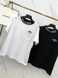 Venta al por mayor de 2019 mujeres del diseñador de la camiseta de la nueva llegada de la marca de fábrica con la letra doble C bordado manga corta Casual Micro cuello alto de dos colores S-XL