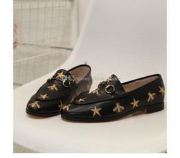 ShoeS for driving online shopping - Horsebit Embroidery Little Bee Loafers for women Flat heel Genuine leather Brand Designer Female Driving Casual Shoes With Original box