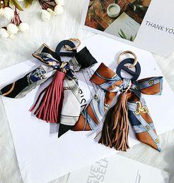 $enCountryForm.capitalKeyWord NZ - Korea Fashion Hand-Knitted Ribbon Tassel Wooden Hollow Clasp Bag and Pendant Key Chain Car Pendant Batch