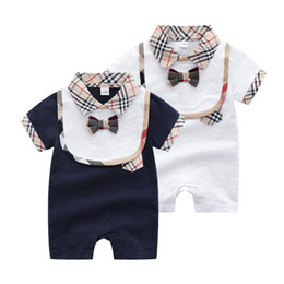 boy romper set wholesale Canada - Baby rompers Kids one piece short sleeve high quality cotton jumpsuits designer Infant boys girls romper+bib 2pcs sets