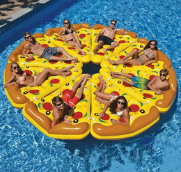 Aufblasbare Pizza Slice Pool Floats Beach Lounge Schwimmender Pool riesige aufblasbare Schwimmkissen Swimmingpool Strand-Party-Spielzeug im Angebot