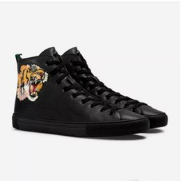 purple martin boots UK - Designer Boots Genuine leather Italy fashion Boots Designer Shoes men Women shoes Fashion embroidery High Cut Top Sneaker with tiger print