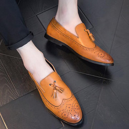 2019 Men Dress Shoes Luxury Leather Buckle Strap Office Business Wedding  Handmade Mixed Color Brogue Formal Pointed Toe Oxfords Mens Shoe 88f8161f3970