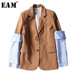 $enCountryForm.capitalKeyWord Australia - [EAM] 2019 New Spring Lapel Logn Sleeve Blue Striped Removable Stitching Hit Color Jacket Women Coat Fashion Tide JI825