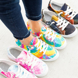 spring court canvas NZ - Spring new fashion hot women tie dye print canvas shoes lady comfortable casual coloful lace shoes big size