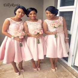 Line Scoop Knee Length Dresses NZ - Pink Bridesmaid Dresses Short Lace Satin A-Line Knee-Length Ruched Scoop Maid of Honor Dresses for Wedding Party sukienki na wesele