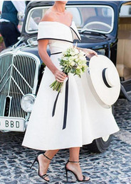$enCountryForm.capitalKeyWord NZ - Vintage Tea Length Short Wedding Dresses Off the Shoulder Black and White A-line 1950s Bridal Gowns Informal Wedding Gown