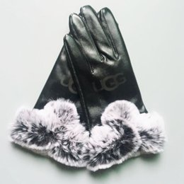 Leather Wrist Gloves Australia - Women Skiing Gloves Outdoor Sports Brand Designer Fur Leather Five Fingers Gloves Solid Color Winter Outdoor Warm Leather Gloves