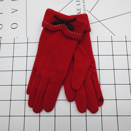 $enCountryForm.capitalKeyWord Australia - 1 Pair Women Girls Cashmere Gloves Bowknot Touch Screen Gloves Winter Riding Texting Mittens