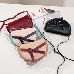 South korea lace online shopping - 12019 Japan And South Korea Collision Bow Saddle Package Small Fresh Literature Single Shoulder Messenger Woman Package Hand Take Package