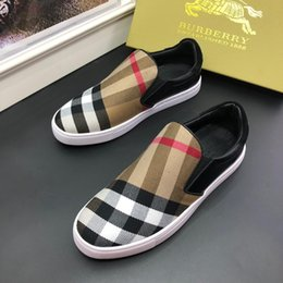 Canvas Shoes Plaid Australia - Hot!!2019 Fashion Paris luxury designer shoes Plaid Casual Canvas Shoes for Men cheap Sports Designer Shoe Size 38-44 with box
