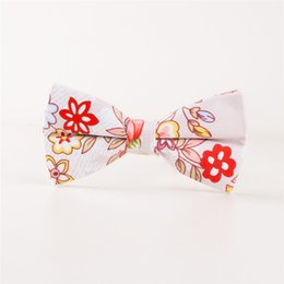 $enCountryForm.capitalKeyWord Australia - wholesale Cotton Bow Tie Cravats Solid Neckwear for Mens Suits Bowtie Upscale Jacquard Floral Bow Tie for Mens