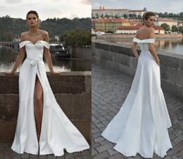 $enCountryForm.capitalKeyWord Australia - 2019 Off The Shoulder Beach Wedding Dresses Satin High Side Split Sweep Train Boho Bridal Gowns Bow Custom Made Plus Size Wedding Dress