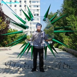 Traje inflable caminando Blow Up Thorn Bubble Ball Ropa Traje de pasarela para escenario y desfile de modas