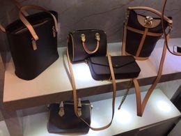 $enCountryForm.capitalKeyWord Canada - 2019 hotselling quality lady genuine oxidizing Leather handbag WITHOUT shoulder strap purse tote bag flower printing with card bag