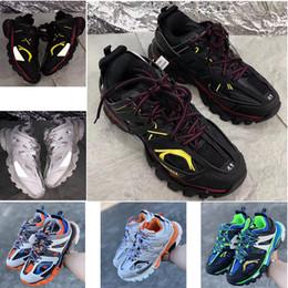 $enCountryForm.capitalKeyWord NZ - 2019 new fashion Triple S baskets Track Tess Trainers men women 3M designer Clunky casual shoes black ladies walking Paris dirty dad shoes