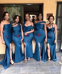 Discount wedding dresses plus sides African Navy Blue Satin Mermaid Long Bridesmaid Dresses 2020 Ruched Split Plus Size Maid of Honor Wedding Guest Dresses
