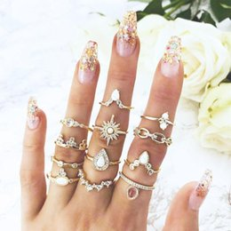 $enCountryForm.capitalKeyWord Australia - 12pcs Set Boho Crown Flower Ring Rhinestone Knuckle Rings for Women Jewelry Bague Femme Boho Statement Jewelry Dropshipping