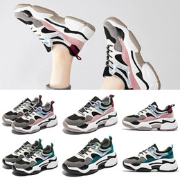 fashion best quality sneakers 2020 designer womens shoes dad shoes triple casual shoes for women spring street couples dad trainers on Sale