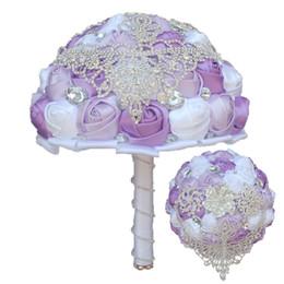 Bridal Brooch Flower UK - 24CM Luxury Crystal Tassel Wedding Flower Bouquet Shiny Rhinestone Brooch Bridal Bouquet Mixed Color Satin Rose Bridesmaid Holding Flowers