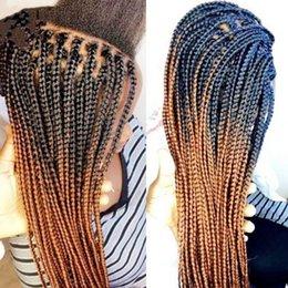 Venta al por mayor de Top sintético encaje frente peluca Dark Roots Ombre Blonde Micro trenzado pelucas con pelo de bebé resistente al calor caja de fibra trenzada peluca envío gratis
