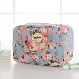 Discount flower making kit - Fashion Flower Cosmetic Bag Women Portable Make Up Bag Travel High Capacity Handbag Makeup Toiletry Kits Necessaire