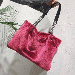 $enCountryForm.capitalKeyWord Canada - Fluff Plush Tote Women Winter Large Capacity Plush Shoulder Bags For Women 2019 Chains Handbags Ladies Bolsa Feminina
